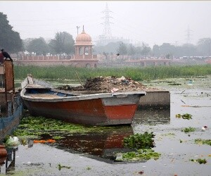 gomti polluted day by day