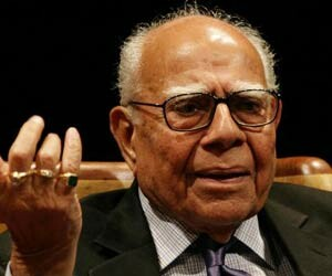 jethmalani wants 50 lakh from BJP, next hearing on 2 may