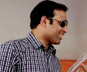 One held for siphoning off Rs 10 lakh from Laxman account