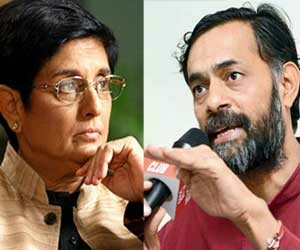 'AAP' ask these Special question to Kiran Bedi.