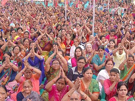 Jain Muni Tarun Sagar Statement On Love Jihad In Meerut